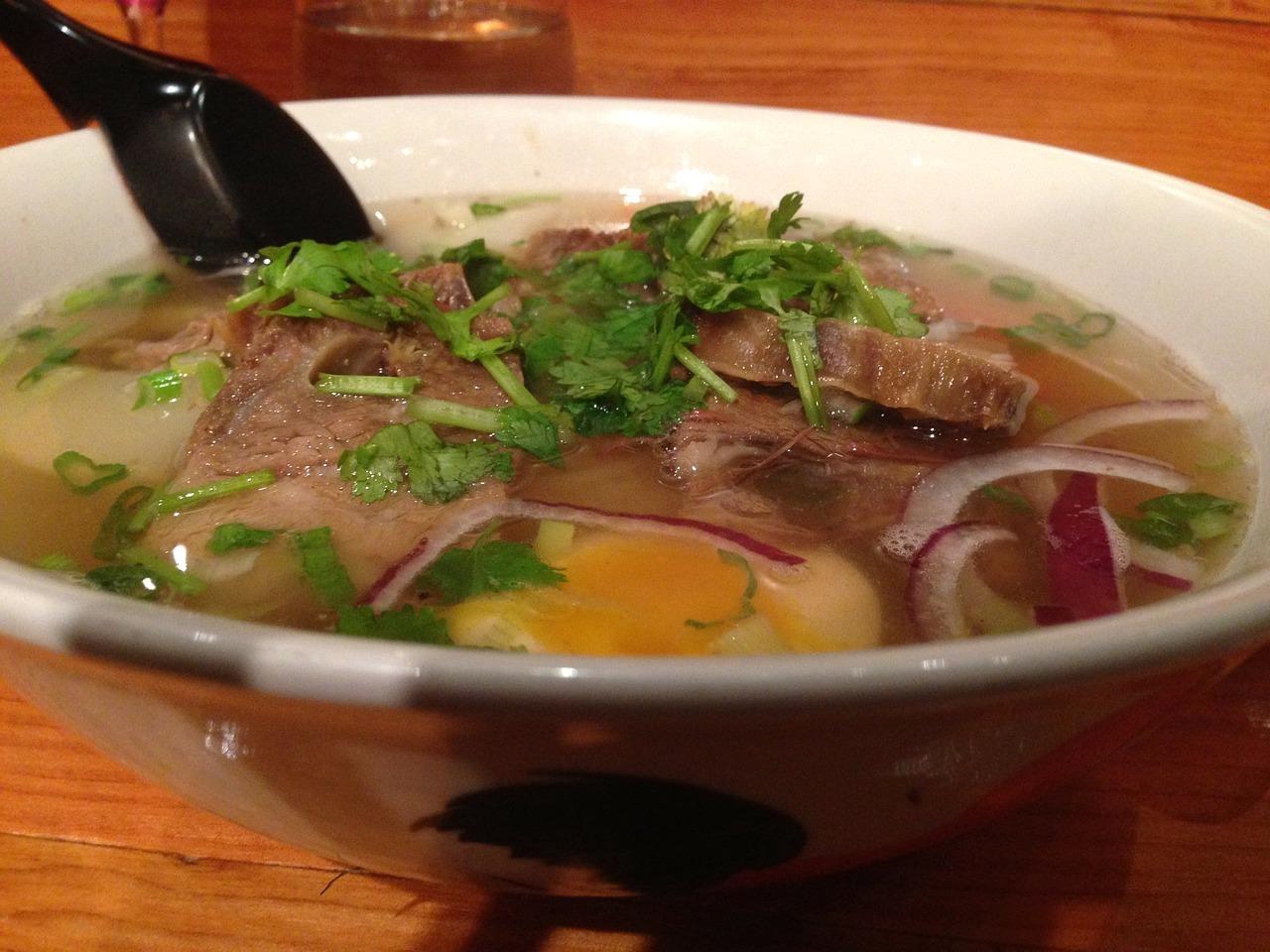 Pho Tai Rezept – Rinderfilet auf Reisnudelsuppe